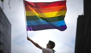 pride-flag-san-francisco-2015-2